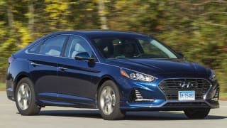 Who Makes The Best Car Brands Consumer Reports - Car sign with namesall car brands best car commpanies