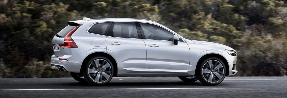 2018 volvo xc60 suv preview - consumer reports