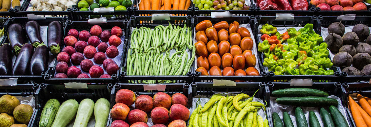 10 easy ways to eat more fruits and vegetables consumer reports chicken breast with vegetables altavistaventures Gallery