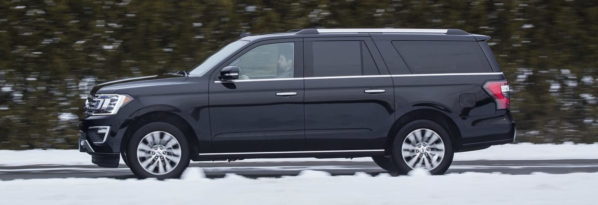 Ford Expedition Driving