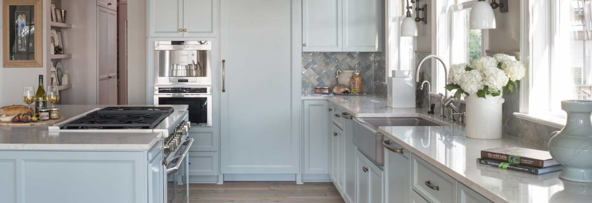 Pro-style appliances in a high-end kitchen. - A High-End Kitchen Transformation For $75K To $125K - Consumer Reports