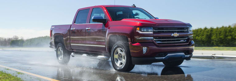 Chevrolet Silverado wet tire test