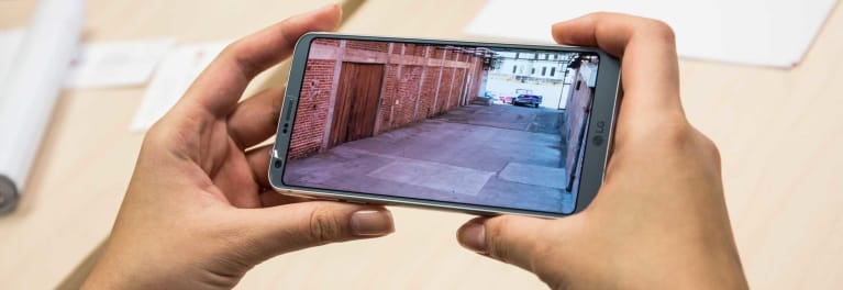 Best smartphone tech of 2017 includes wireless charging, USB-C, on the new LG G6, shown here.