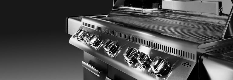 Top-scoring, high-end grills for $1,000 or more.