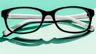 how to avoid being gouged when buying eyeglasses