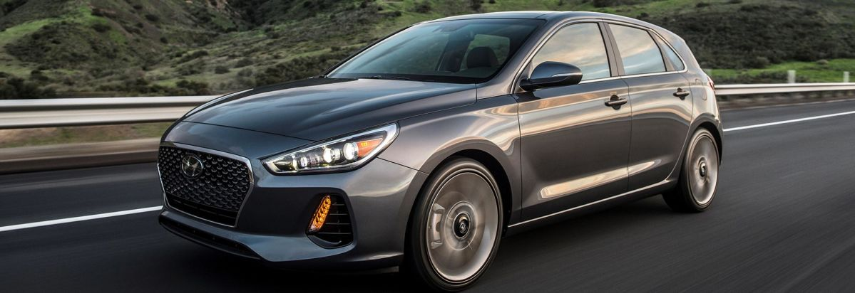 2018 Hyundai Elantra Gt Driving