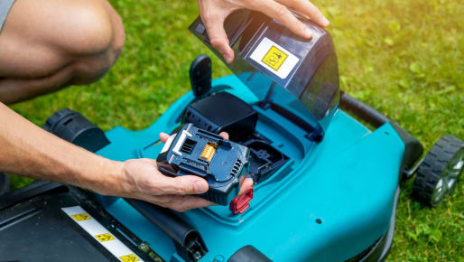 The Case for Battery Powered Lawn Tools