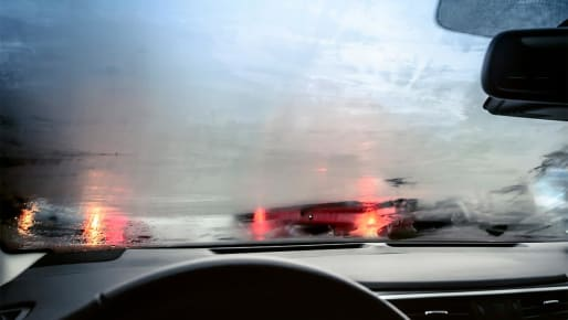 What's the Fastest Way to Defog Car Windows?