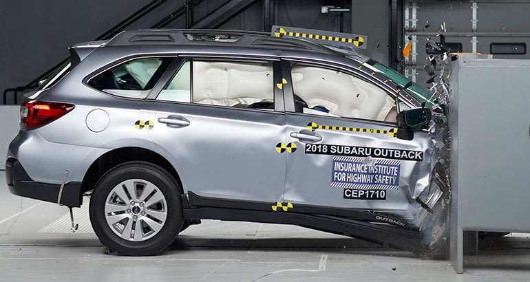 2018 Subaru Outback crash test.