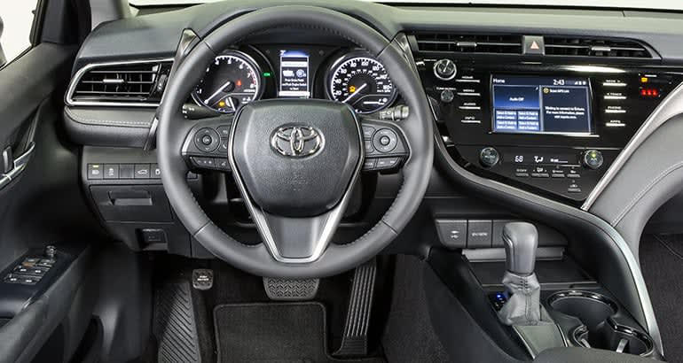 Toyota Camry 2018 Interior >> Redesigned 2018 Toyota Camry Adds Flavor Inside And Out