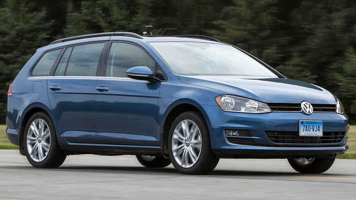 2015 Volkswagen Jetta TDI shown racing toward the VW diesel deadline
