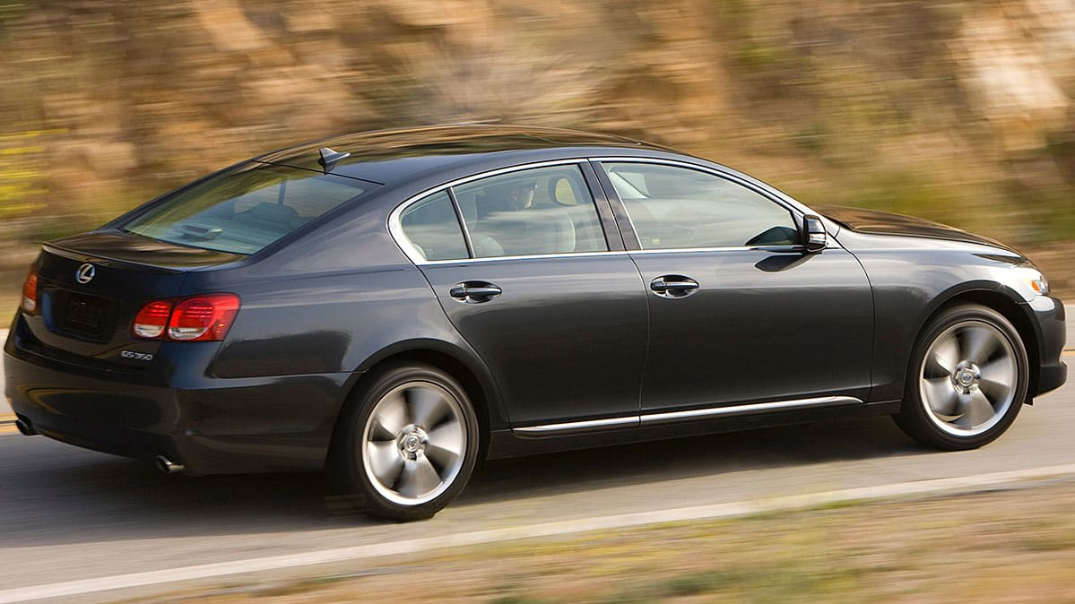 2011 Lexus GS recall - car driving.