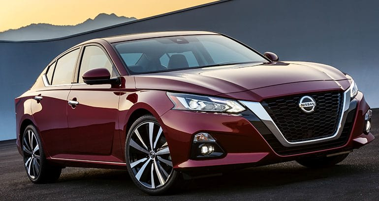 2019 Nissan Altima front