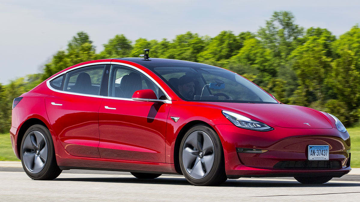 Tesla Model 3 brake test by Consumer Reports