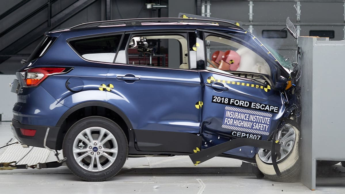 2018 Ford Escape IIHS crash test, passenger side.