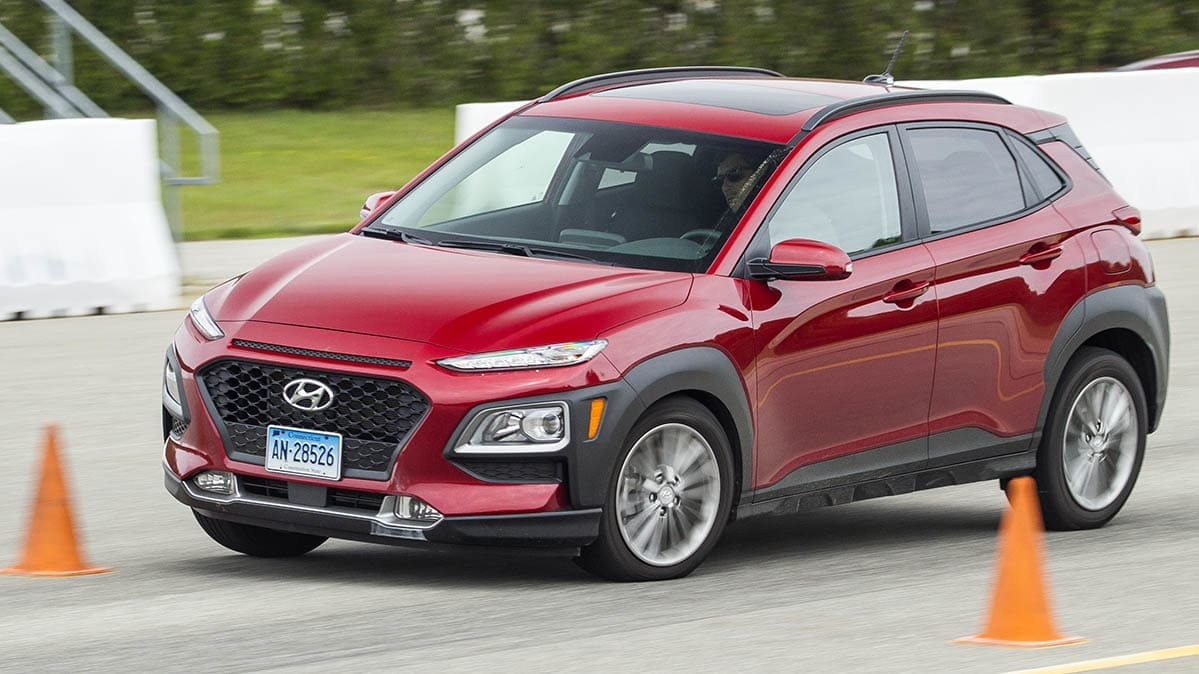 Hyundai Kona going through the avoidance test for its overall score.