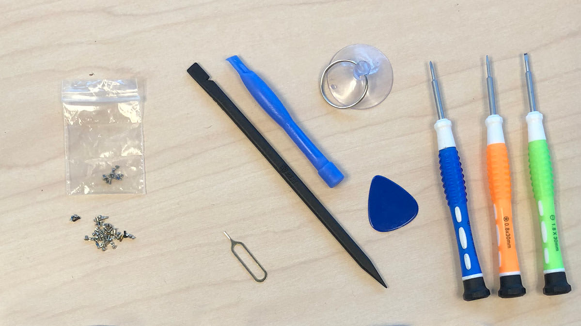 the tools included with an iphone screen replacement kit