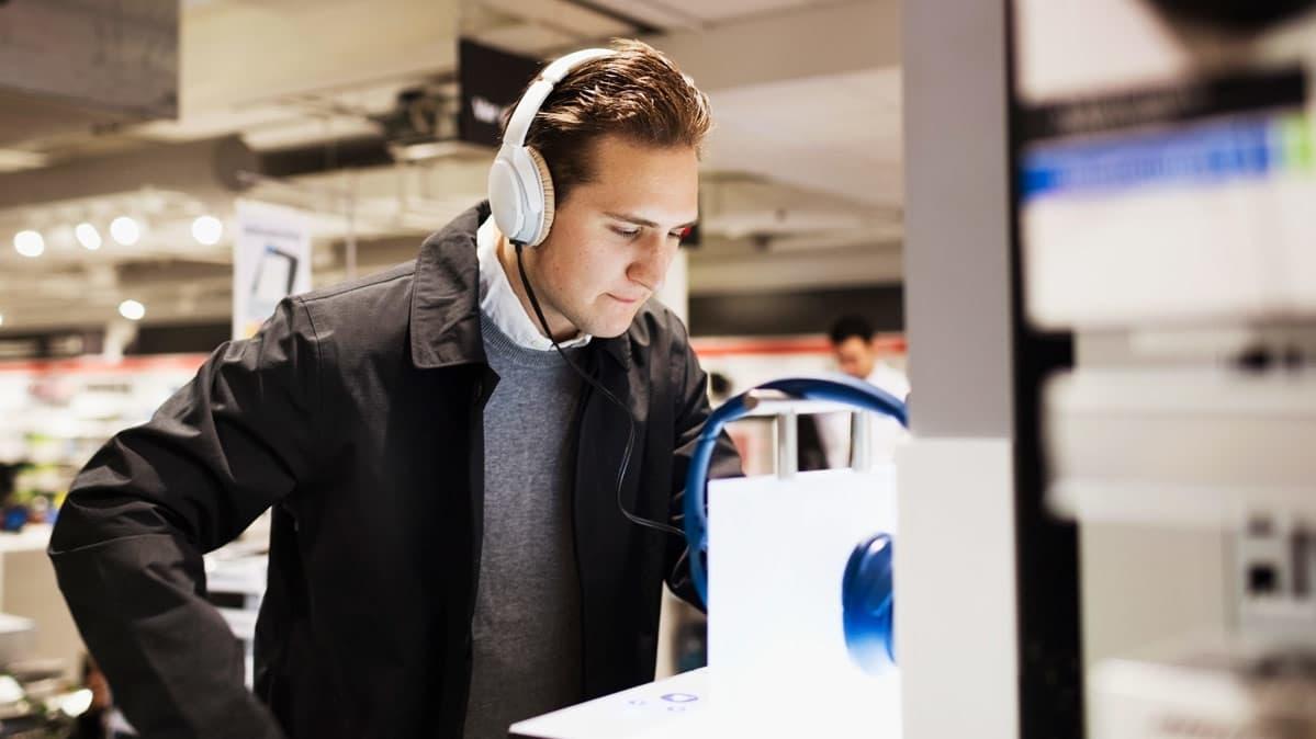 Best Black Friday Smart Speaker And Headphone Deals Consumer Reports