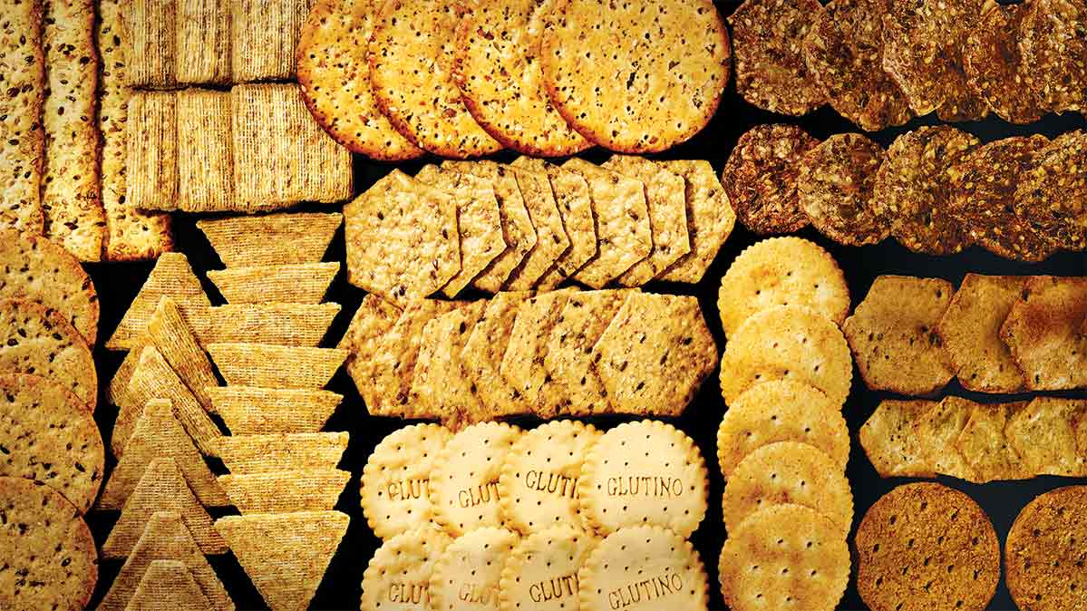 An assortment of healthy crackers.