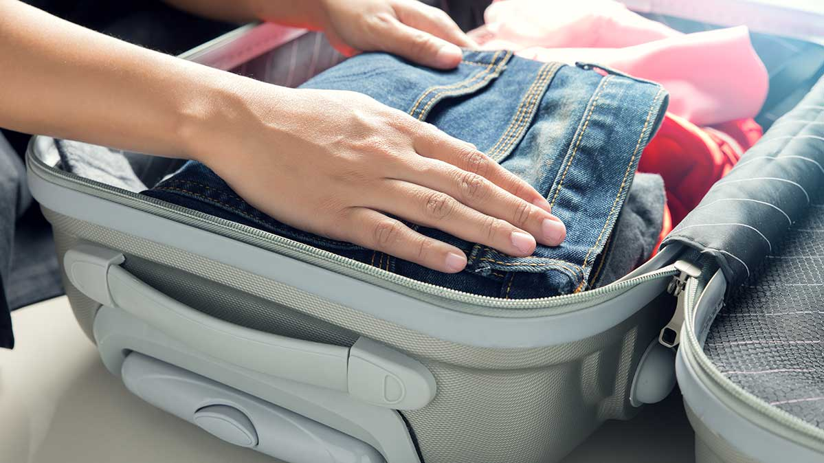 5 Steps to a Perfectly Packed Suitcase - Consumer Reports