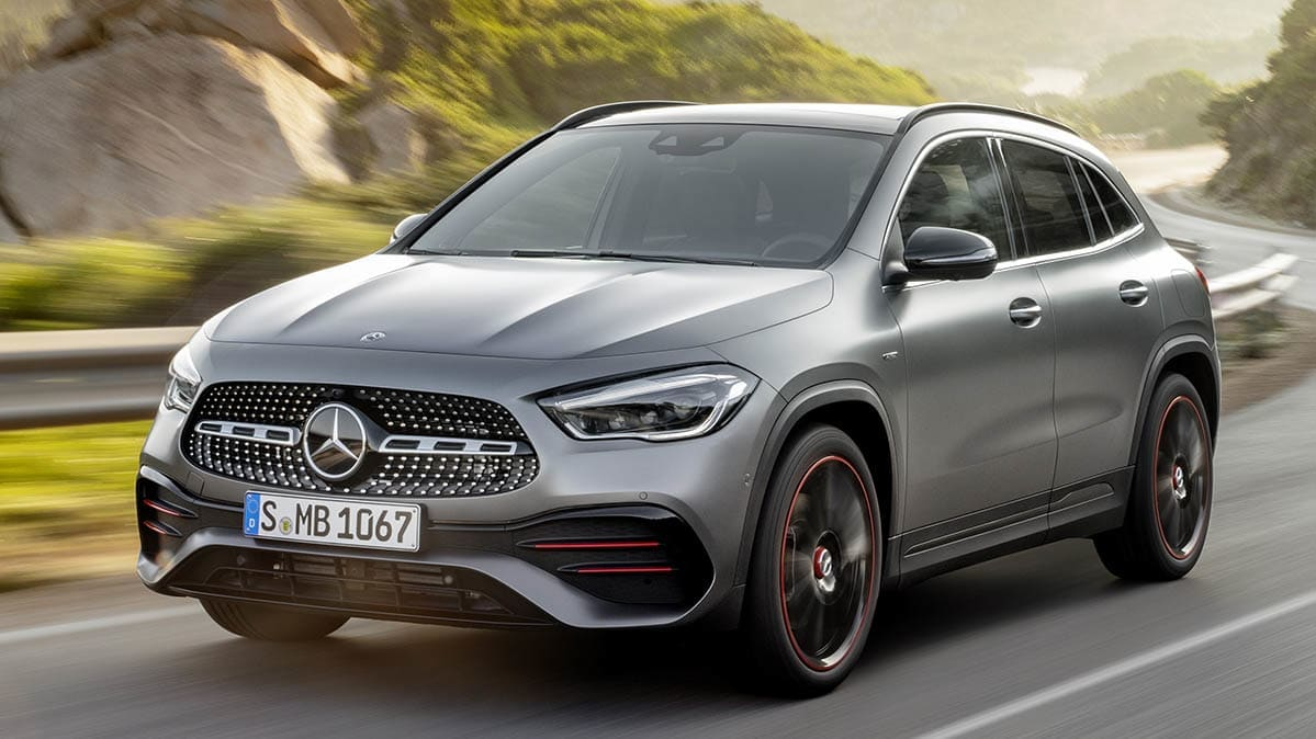 2021 Mercedes-Benz GLA Gets a Smart New Look and More Room