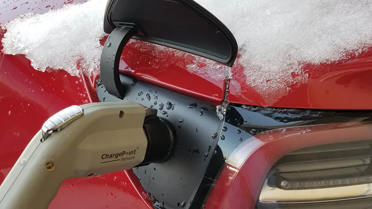Electric Car for a Cold Climate   Driving Range - Consumer