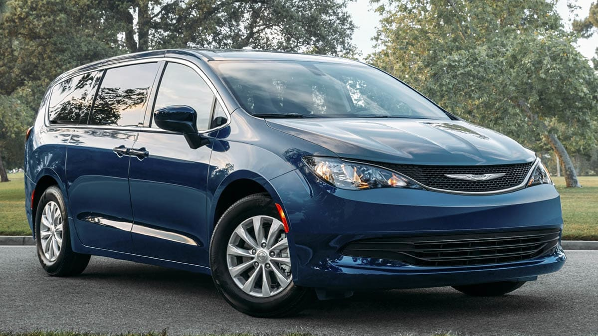 Best Minivans 2020.2020 Chrysler Voyager Is A New Lower Cost Minivan Consumer