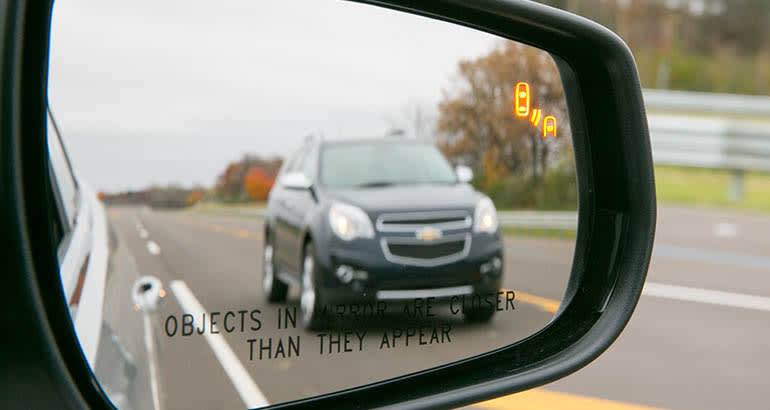 Must-Have Car Feature: Blind spot warning