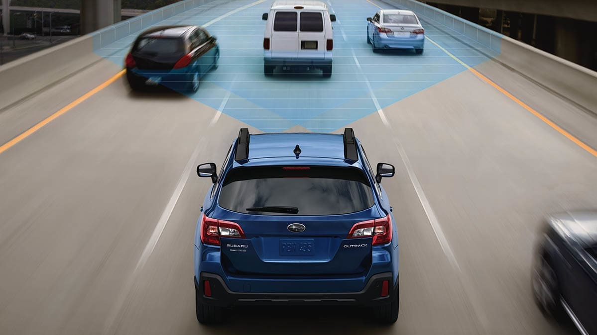 Must-Have Car Feature: Forward Collision Warning and Automatic Emergency Braking