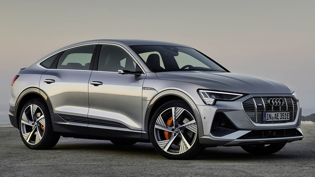 2020 - [Volkswagen] Tiguan X - Page 2 CR-Cars-InlineHero-2021-Audi-e-tron-Sportback-f-11-19