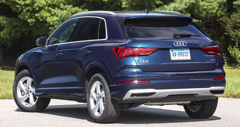 2019 Audi Q3 rear three-quarter view