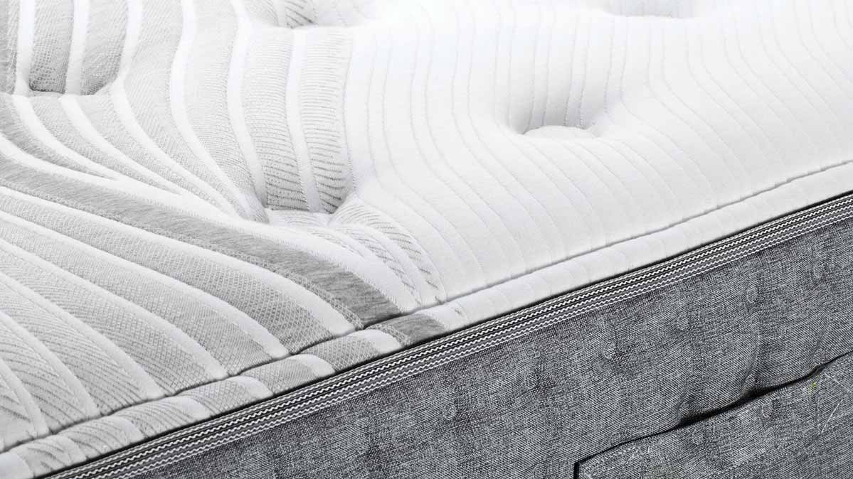 new product 4bd71 a17cf Best Mattresses for Big People - Consumer Reports