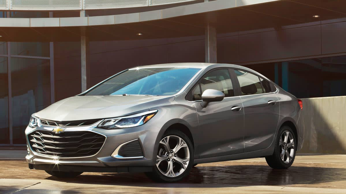Best New Cars Under $30,000 - Chevrolet Cruze