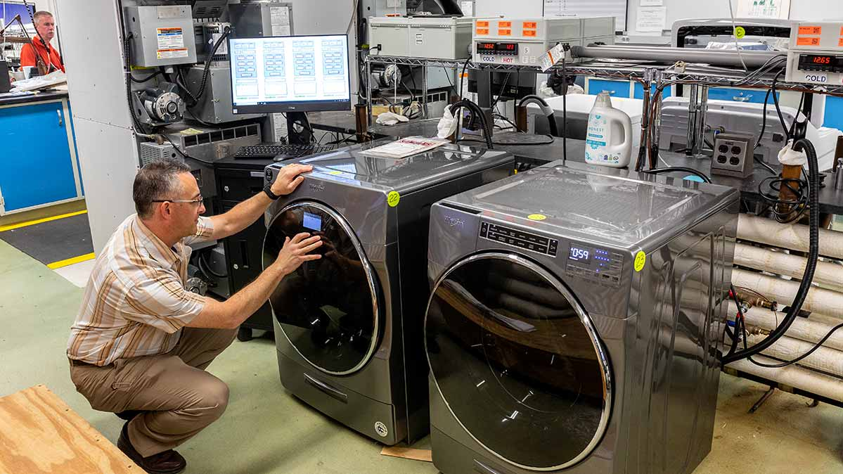 A Consumer Reports' tester takes a close look at one of the best washing machines of 2020 in CR's tests.