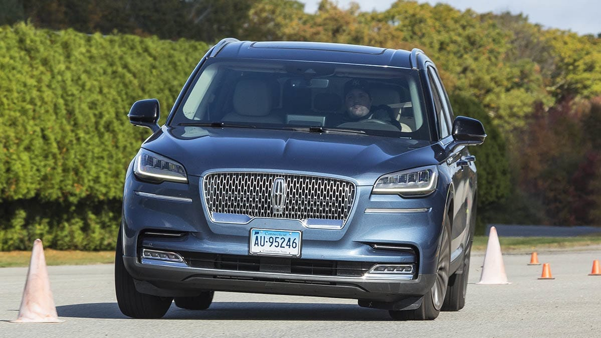 Lincoln Aviator going through the accident avoidance maneuver test at the Consumer Reports test track