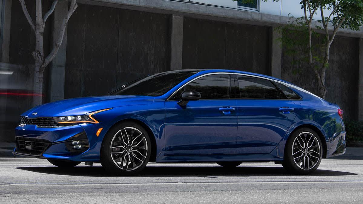 allnew 2021 kia k5 brings style to midsized sedans