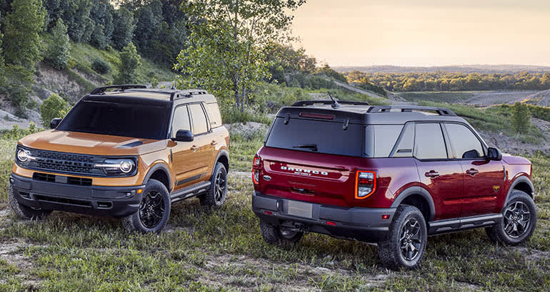 2021 Ford Bronco Sport front and rear