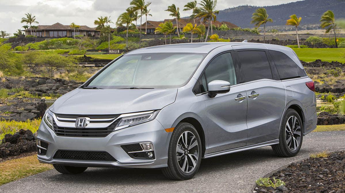 Honda Odyssey Minivans Recalled Due to Faulty Backup Camera and Door Handles