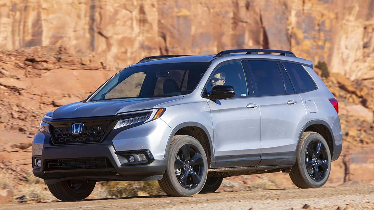 Honda Recalls SUVs and Minivans to Update Instrument and Backup Displays