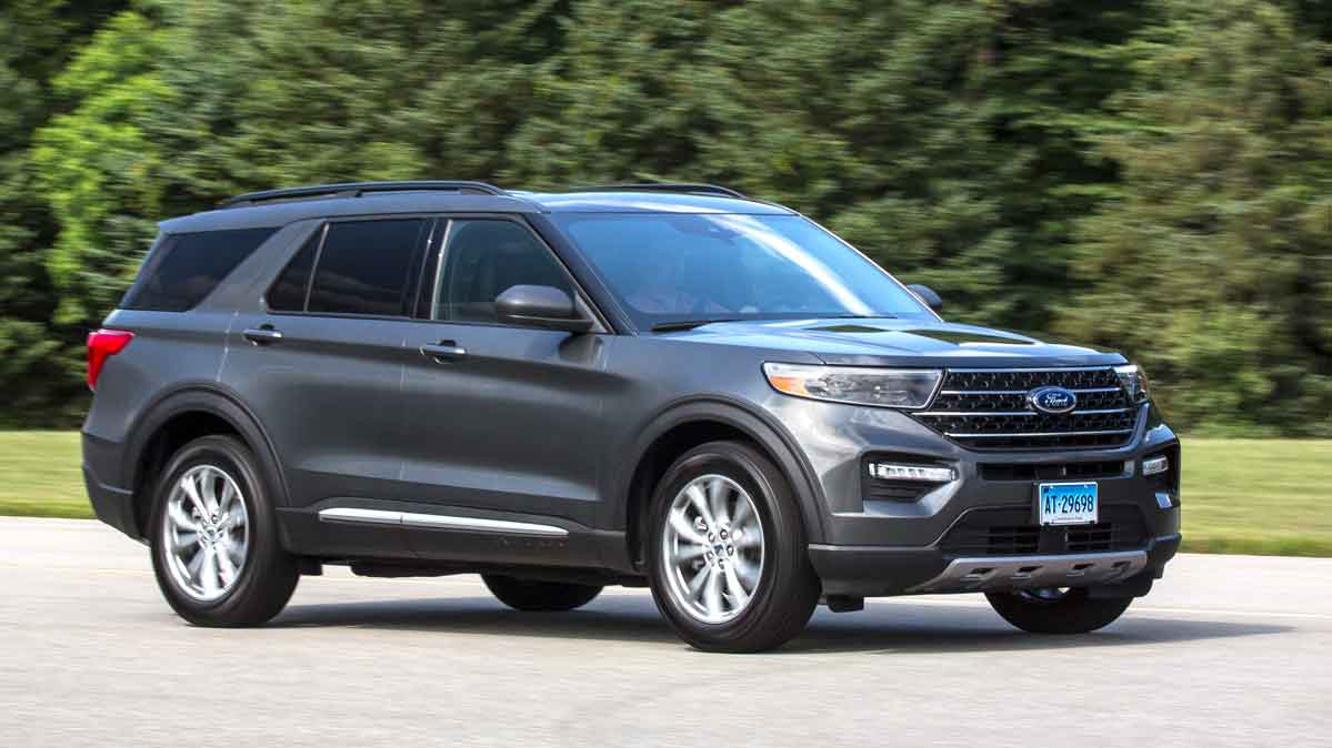 A 2020 Ford Explorer that's included in the Ford Explorer and Lincoln Aviator recall.