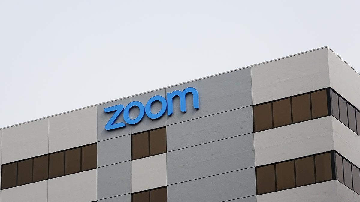 Zoom Tightens Privacy Policy, Says No User Videos Are Analyzed for Ads