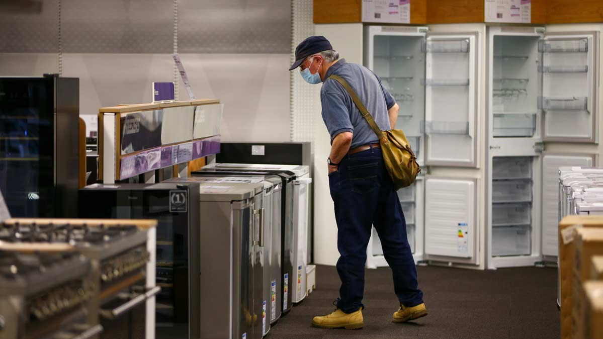 How to Stay Safe When Shopping for Appliances In Store