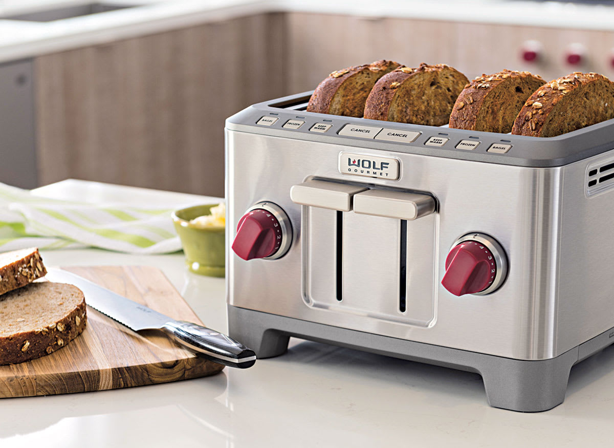 Image of the Wolf Gourmet 4 Slice Toaster