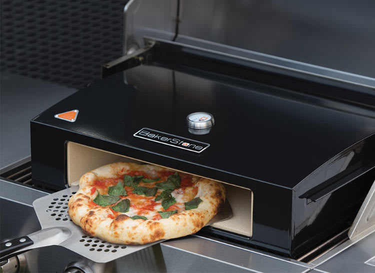 Make pizza at home with the BakerStone Pizza Oven Box.