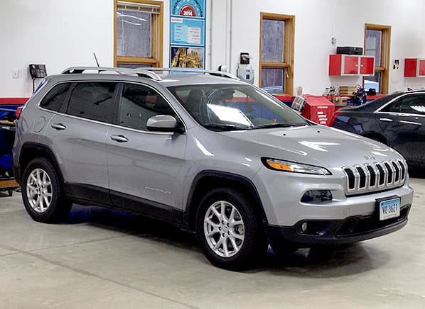 2017 Jeep Cherokee Off Road Small