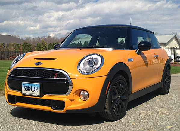 5 things you gotta know about the new Mini Cooper - Consumer Reports