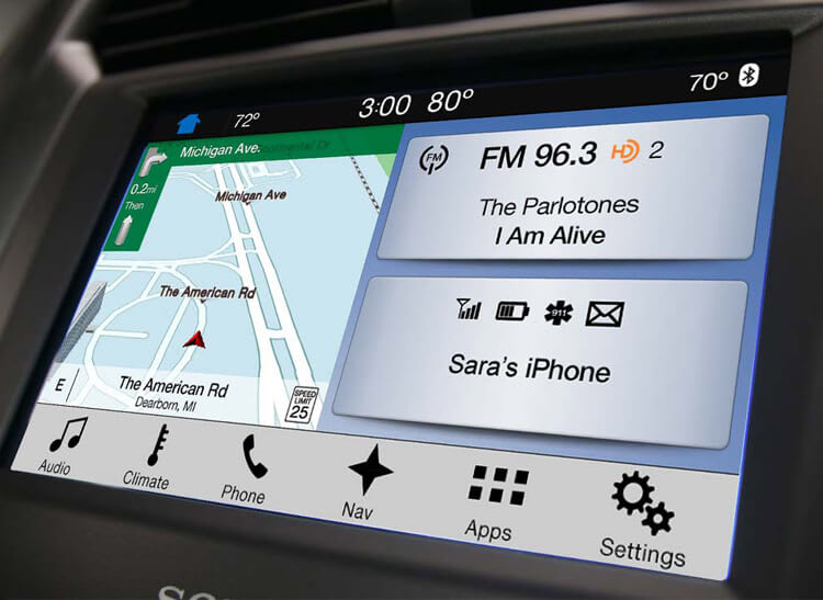Ford Sync 3 can display multiple functions onscreen at a time.