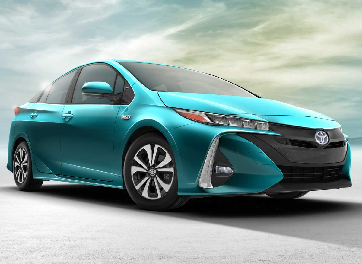 Toyota Prius Prime has a much shorter range than the Honda Clarity Plug-In Hybrid