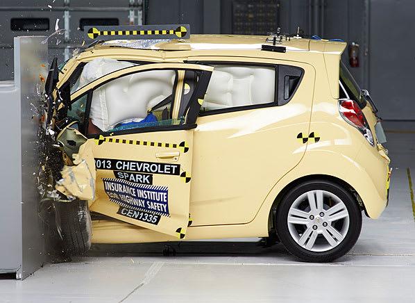 NHTSA Crash Test - Consumer Reports