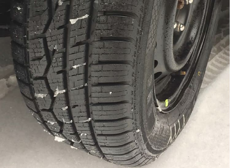 Toyo Celsius Cuv >> Toyo Celsius Winter Tire Can Stay On Car Year Round